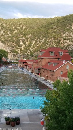 Glenwood Hot Springs Resort: 20170924_180811_large.jpg