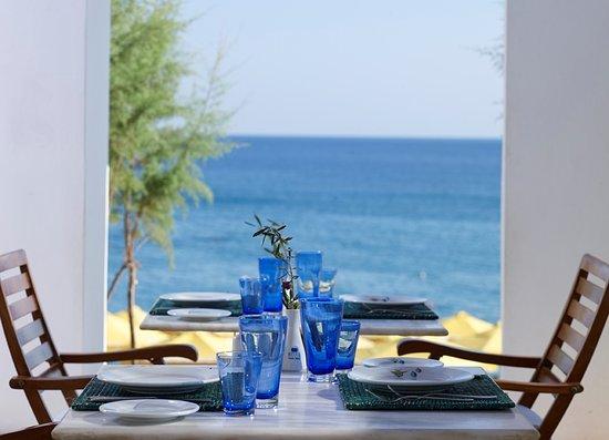 Mitsis Norida Beach Hotel : Themed restaurant