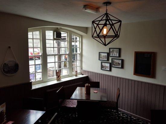 Pontardawe Inn Image