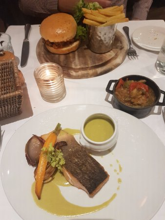 Salmon Fillet with Sorrel Sauce and Burger Main Course