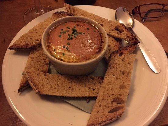 Le Jardin d'en Face: L'oeuf cocotte au foie gras