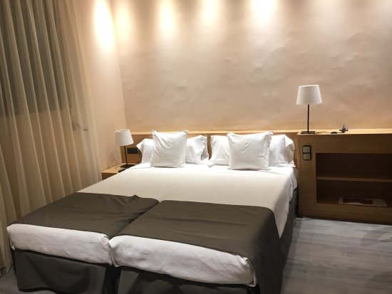 Apartamentos dv barcelona spanien omd men och for Appart hotel 08028