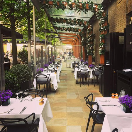 Manicomio Restaurant Terrace Chelsea In Bloom