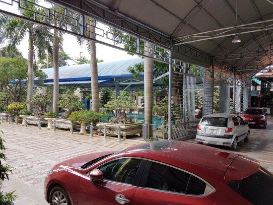Vinh Yen, Vietnam: Bãi đỗ xe