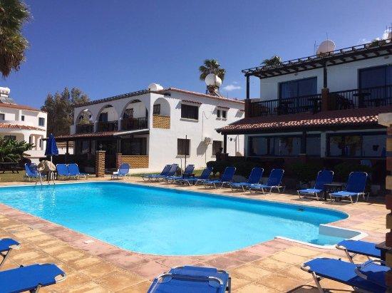 Sun Camero Beach Apartments Photo