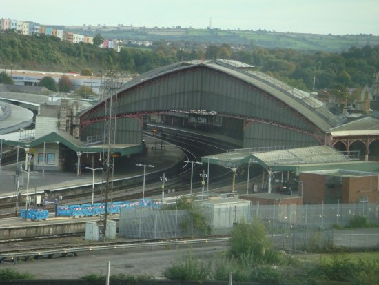 Ibis Bristol Temple Meads Quay: Views from our room