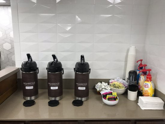 Huntersville, Carolina do Norte: Coffee available for 24/7