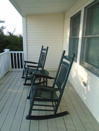 Niantic, CT: Private deck for room #9