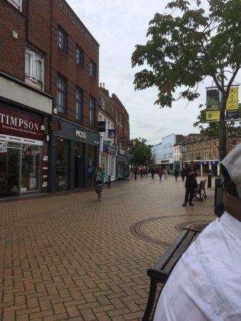 Chelmsford, UK: Shopping Street near to High Chelmer Centre
