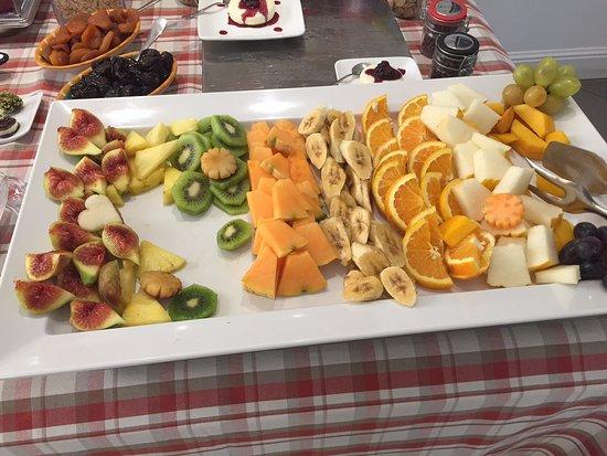 Palazzo Jannuzzi Relais: Breakfast buffet style and quality!