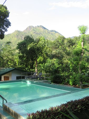 Planters bungalow ella prices guest house reviews sri - Bungalows with swimming pool in sri lanka ...
