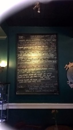 Cairnbaan, UK: Specials board - most food here not on the menu