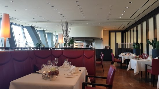 restaurant christophorus stuttgart restaurant bewertungen telefonnummer fotos tripadvisor. Black Bedroom Furniture Sets. Home Design Ideas