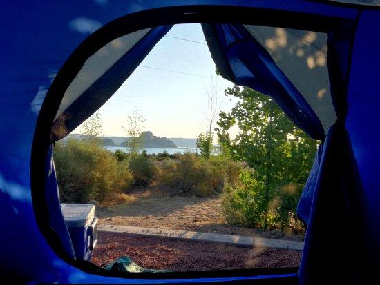 Wahweap Campground: Vue sur le lac au petit matin
