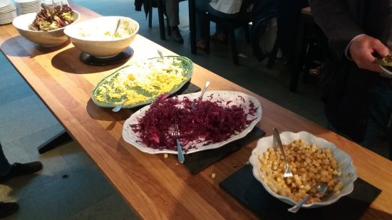 Smak Malmo Konsthall: Five different salads, all unique and surprisingly tasty.