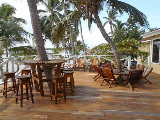 Turneffe Island, Belice: Top deck next to themain diniing area