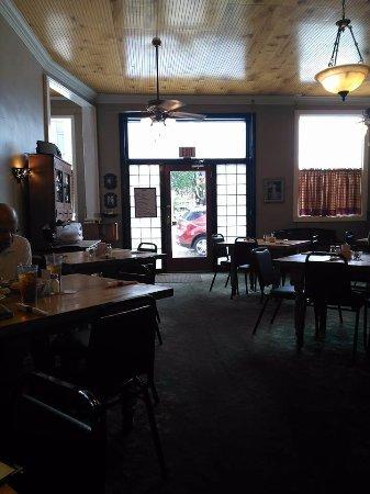Darlington, Güney Carolina: Casual dining.