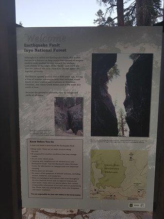 Mammoth Mountain earthquake sign