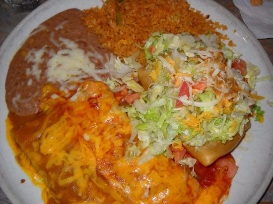 Hamden, CT: combination platter meal,,,three choices,, beef ,,pork,or chicken