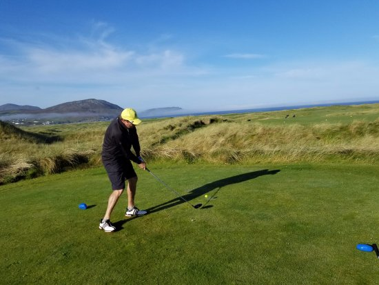 Ballyliffin Golf Club: The Old Links - away she goes