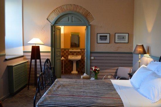 Hotel L'Iglesia Photo