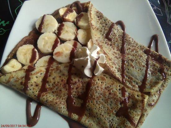 Arte Cafe & Te: Chocolate and Banana Crepe