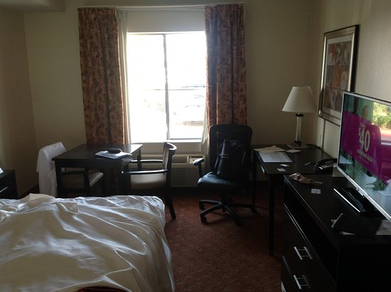 Best Western Plus Rockwall Inn & Suites: Room