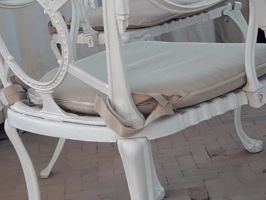 Riad Hasna Espi : fauteuil terrasse