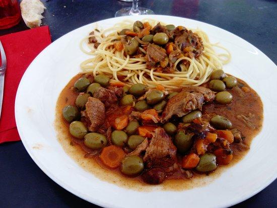 Le Bato Ivre : le sauté de veau aux olives (j'avais dit que j'adorais les olives)