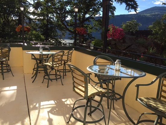 terrace overlooking the river picture of columbia gorge hotel rh tripadvisor com