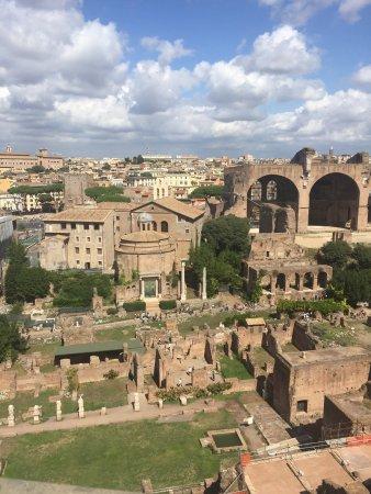 Europe Odyssey Tours: photo2.jpg