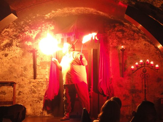 Aulendorf, Allemagne : The fire-eater in action!