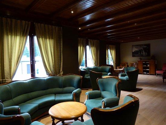 Hotel Bielsa: Sitting room.