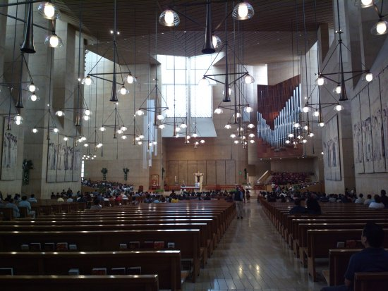Cathedral of Our Lady of the Angels: Vista dal fondo