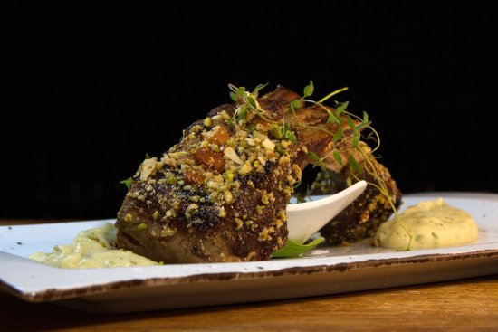Restaurant Passarola: Herb Crusted Lamb Rack
