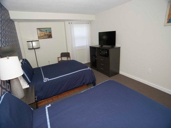 Pittsfield, VT : Renovated Guest Rooms