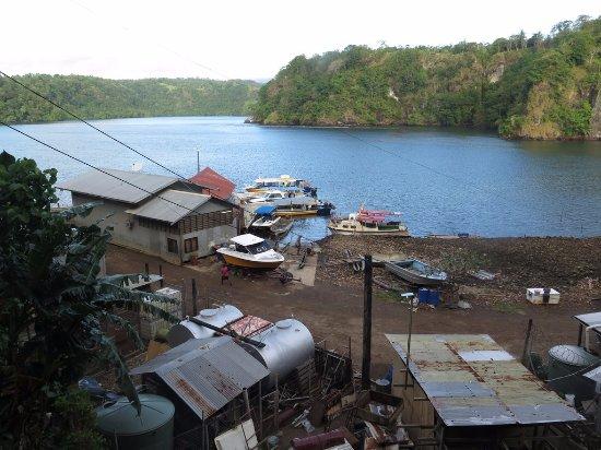 Tufi Resort dive shop at Tufi Harbour