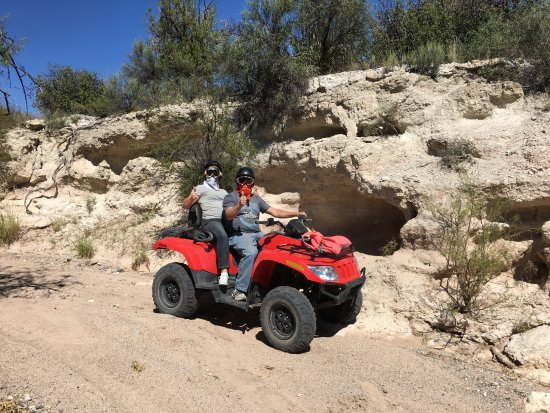Camp Verde, AZ: Having a great time with Mary