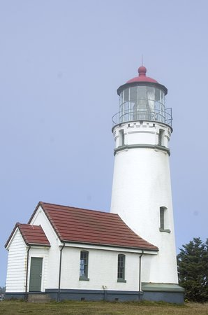 Port Orford, Орегон: Cape Blanco, Oregon's oldest lighthouse, is filled with fascinating history.