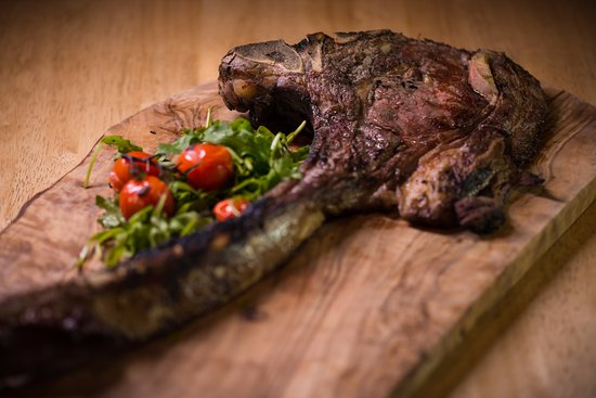 Bexhill-on-Sea, UK: Tomahawk Steak