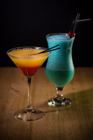 Bexhill-on-Sea, UK: Tequila Sunrise and Blue Lagoon