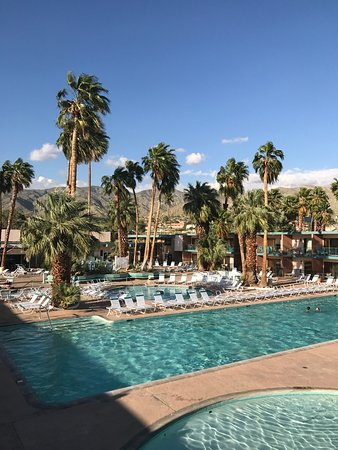 Desert Hot Springs Spa Hotel Picture