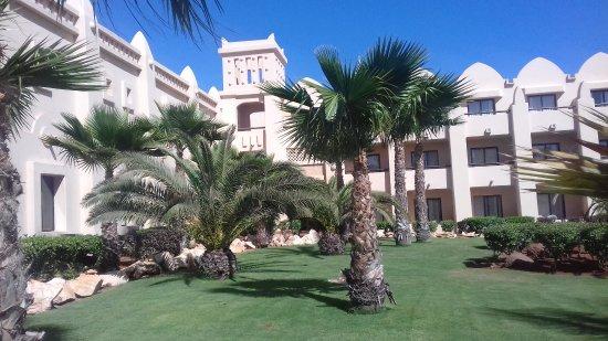 Tanjung Verde: Riu Palace Hotel gardens