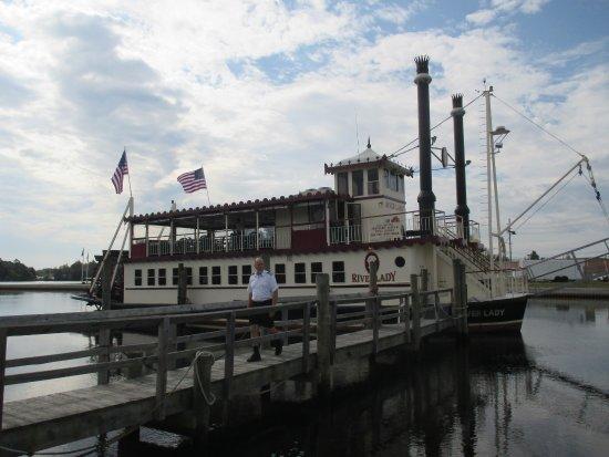 River Lady: Captain Lance