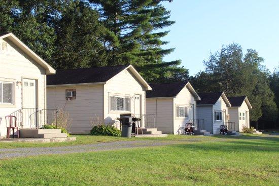 Hurley, Estado de Nueva York: Some of the cabins