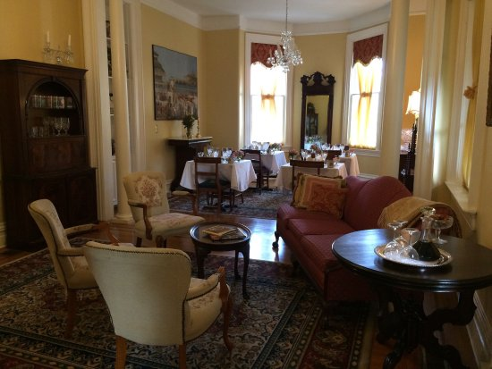 Dupont Mansion B&B: photo0.jpg