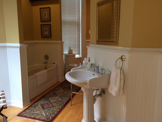 Dupont Mansion B&B: photo2.jpg