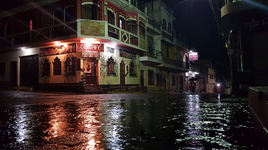 Santiago Atitlan, Guatemala: Noche