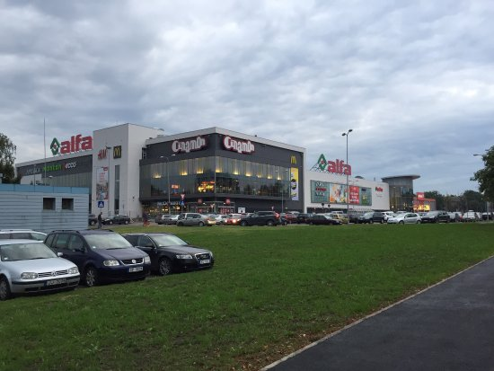 Shopping mall Alfa