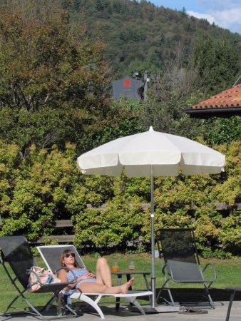 Armeno, Italy: Lovely pool area